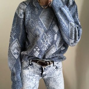 Cloud Textured pattern knit pullover